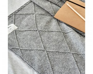 Pled Grey Shape